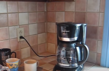 Coffee maker how many scoops per cup