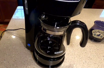 How to Clean Black and Decker 5 Cup Coffee Maker?