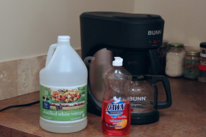How to Clean my Bunn Coffee Maker with Vinegar?