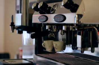 How to Make Coffee in a Commercial Coffee Maker?